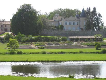 http://www.interestinwine.co.uk/images/categories/Lafite_Rothschild/lafite_10.jpg